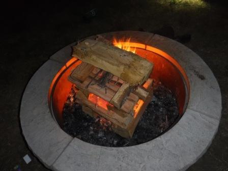 Campfires: Log Cabin